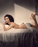 Фото Эмилия Кларк для журнала Esquire