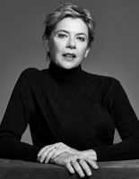 Annette Bening poses for Back Stage 2016