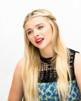 Chloe Moretz photos from The 5th Wave press conference 2015