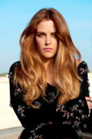 Riley Keough - Glamour Spain 2016