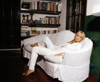 Izabella Scorupco - Two Style 2004