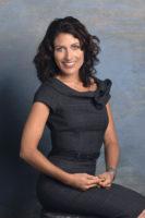 Lisa Edelstein - Self Assignment 2006