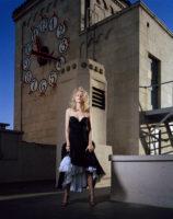 Naomi Watts - Look 2005