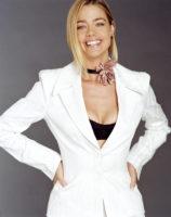Denise Richards - Ocean Drive 2002