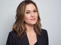 Julia Stiles - 2019 Winter TCA Portrait Studio