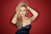 Paulina Rubio - Glamour en Espanol 2006
