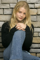 Emilie de Ravin - USA Today 2005