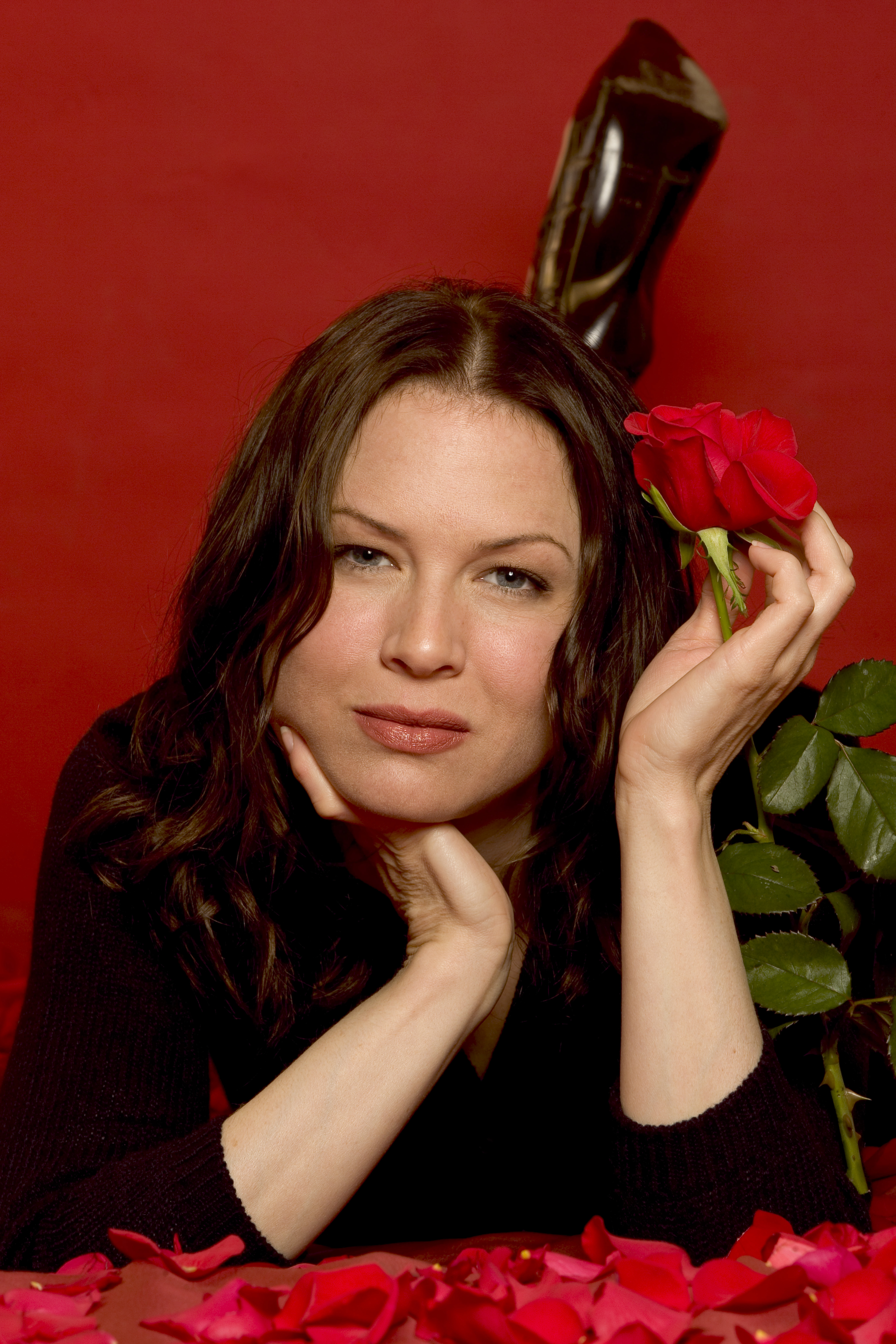 Renee Zellweger - USA Today (October 14, 2004) HQ