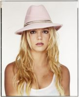 Britney Spears - Martin Schoeller Photoshoot 2004