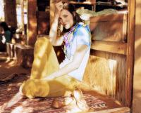 Leslie Bibb - Self 2004