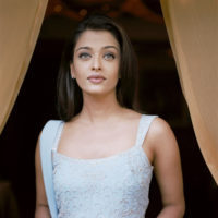 Aishwarya Rai - Portrait session in Cannes 2002