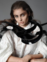 Taylor Hill - Vogue Mexico 2016