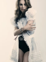 Natalie Portman - Elle UK 2010