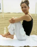 Eliza Dushku - Deborah Jaffe Photoshoot (March 1, 1999)